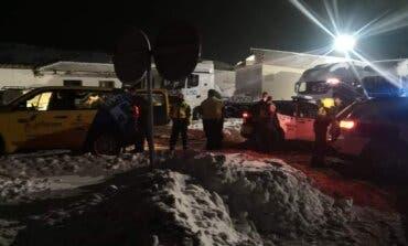 Unos 900 camiones con 1.800 personas han pasado la noche parados en Guadalajara