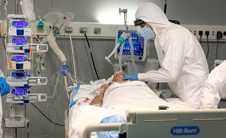 Realizan la primera intervención quirúrgica en el Hospital Isabel Zendal