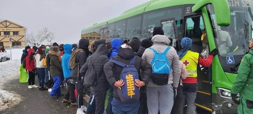 Evacuadas 350 personas que habían quedado atrapadas en el Puerto de Navacerrada