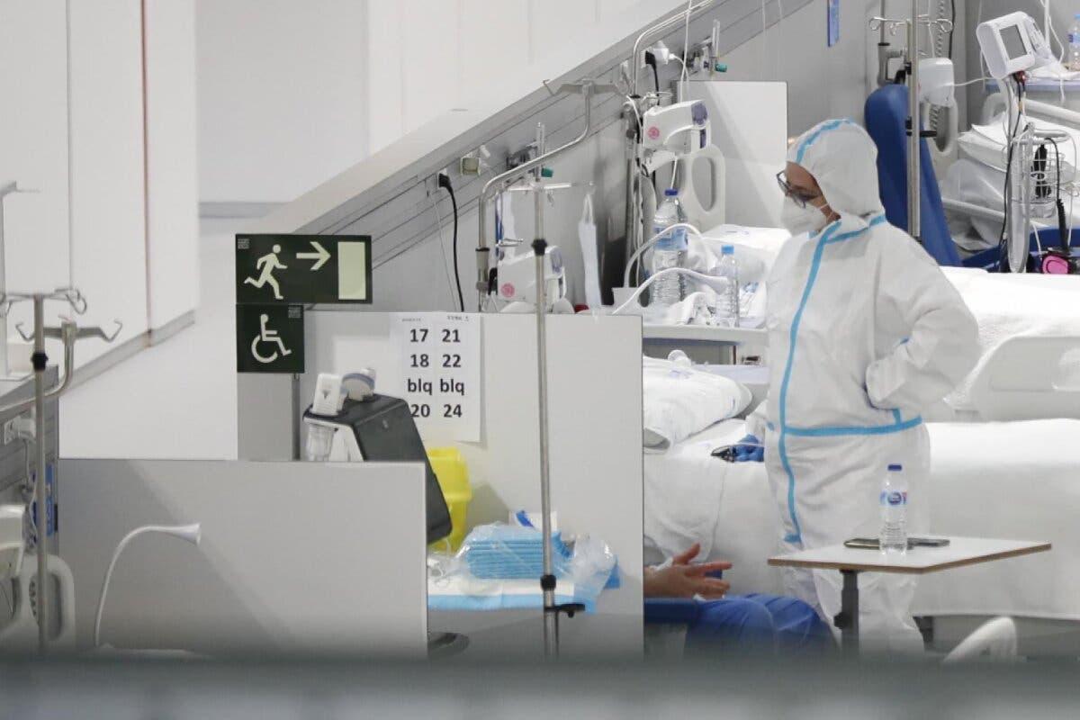 Suben los contagios en Madrid, se mantienen estables las muertes y suben los pacientes en UCI