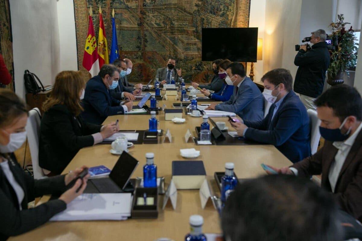 Castilla-La Mancha prorroga el cierre de la hostelería y centros comerciales otros 10 días
