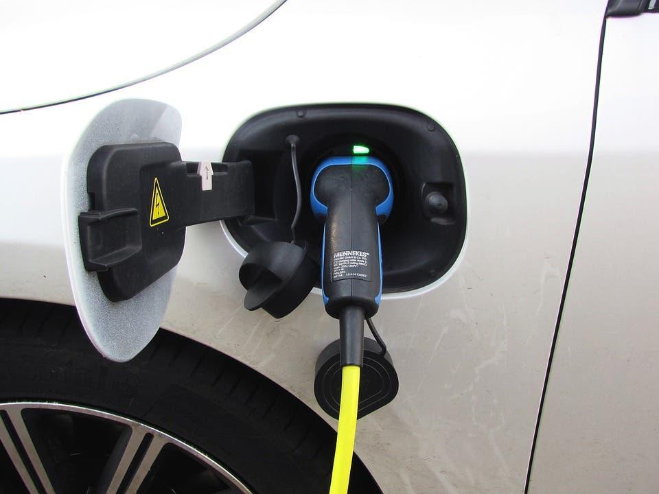 Guadalajaraeximirá del pago de la zona azul a los vehículos eléctricos cero emisiones