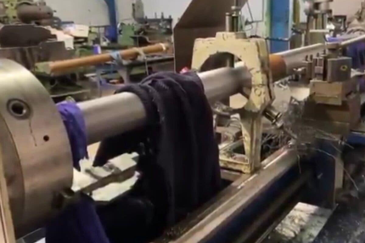Muy grave un anciano en Arganda al engancharse su ropa en un torno industrial