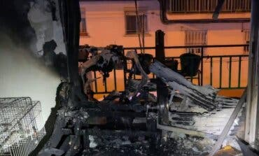 Ocho personas atendidas, cinco pájaros muertos y un perro rescatado en el incendio de un piso en Leganés