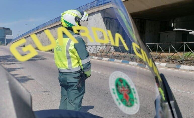 Detenido en la A-2 un camionero borracho que conducía haciendo eses por la autovía