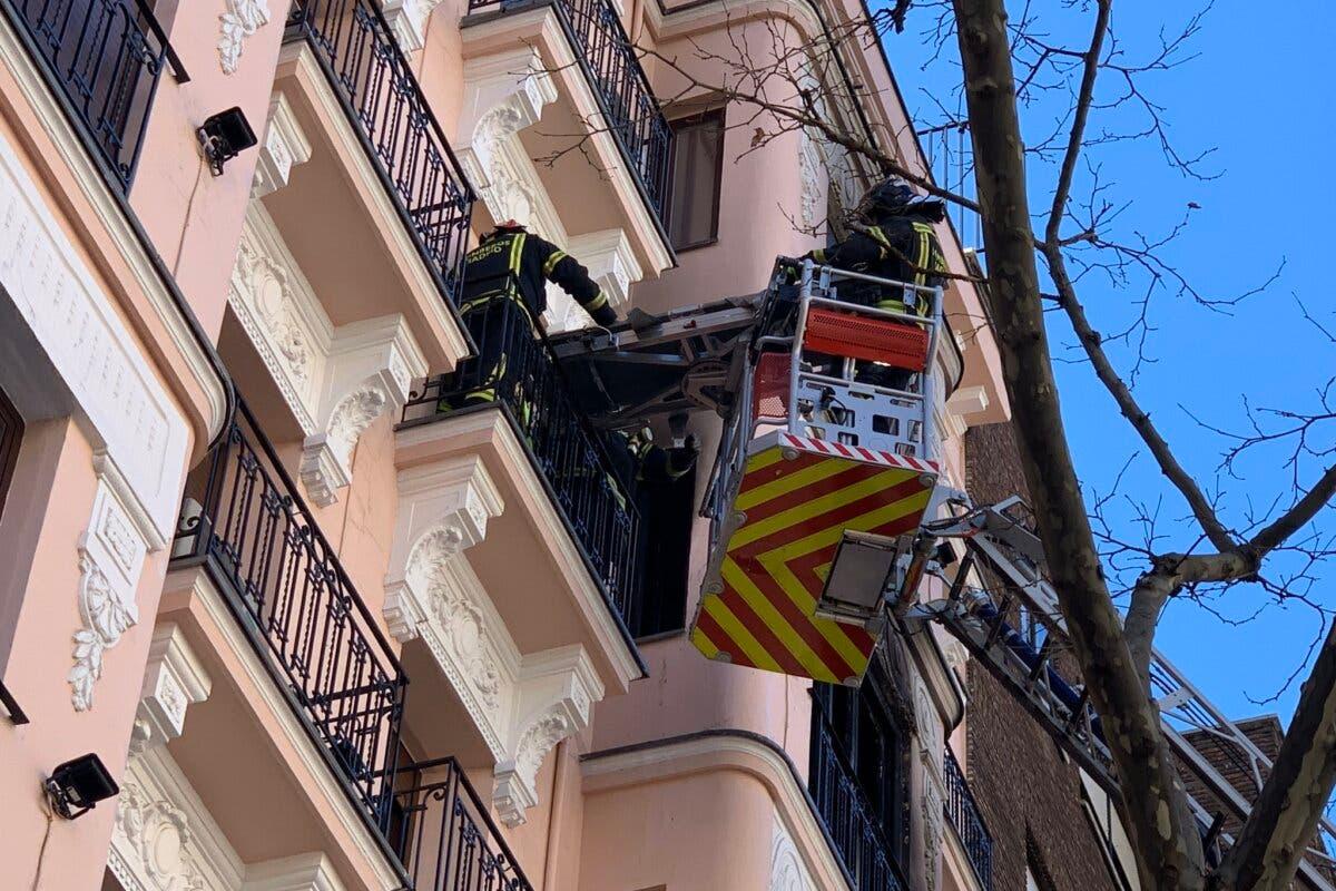 Muere un anciano de 93 años en el incendio de su vivienda en Madrid
