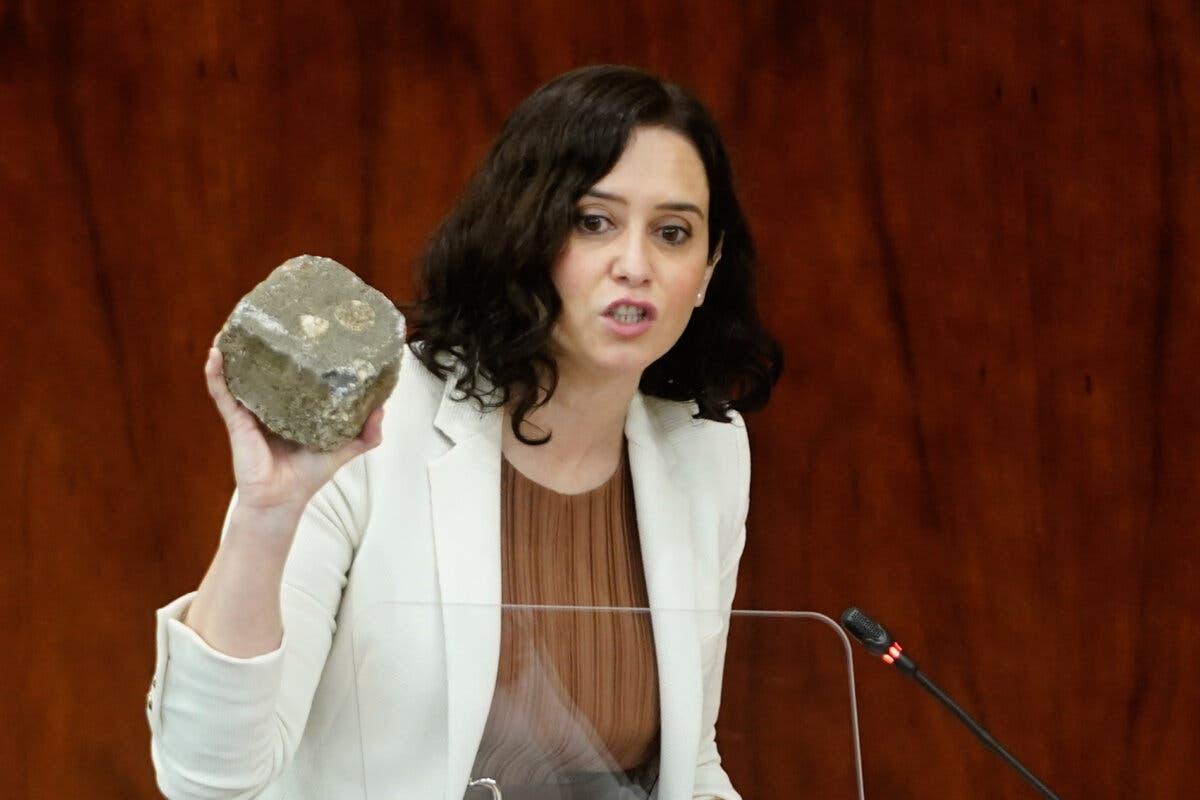 Ayuso carga contra Podemos tras los graves disturbios: «Son el cáncer de la democracia»