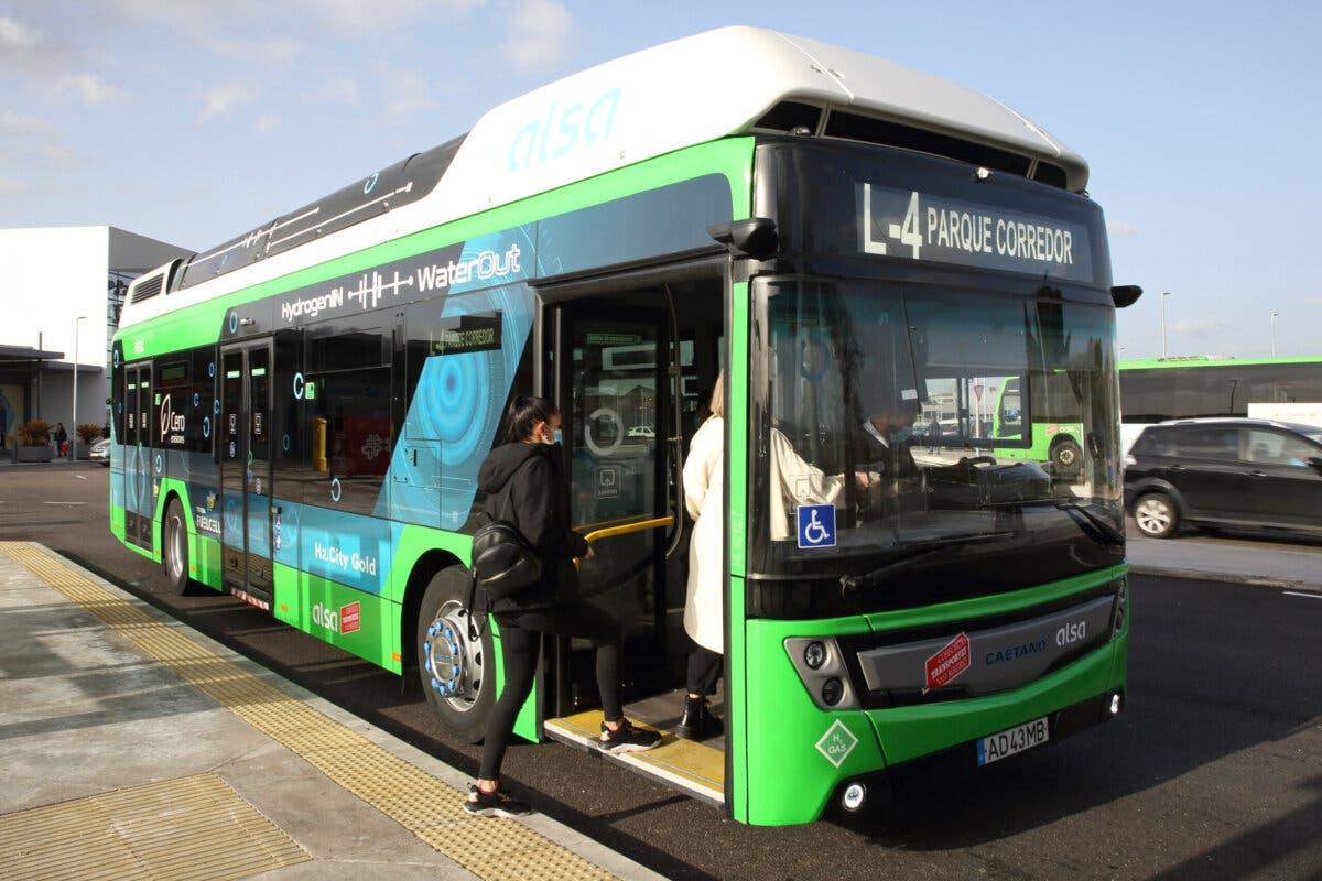 Ya circula por Torrejón de Ardoz el primer autobús de hidrógeno de España