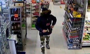 Vuelven a detener al ladrón de Meco por otro atraco en un supermercado, esta vez en Alovera