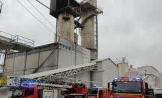Extinguido un incendio originado a 15 metros de altura en una cementera de Arganda