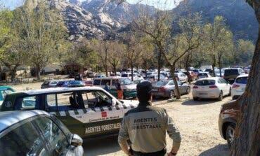 Aparcamientos completos en la Sierra de Madrid: el 112 aconseja cambiar de plan