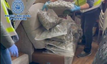 Ocho detenidos al ser sorprendidos en una nave de Coslada con 28 kilos de marihuana