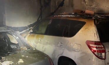 Desalojadas 20 viviendas en Alcalá de Henares por un incendio en un garaje