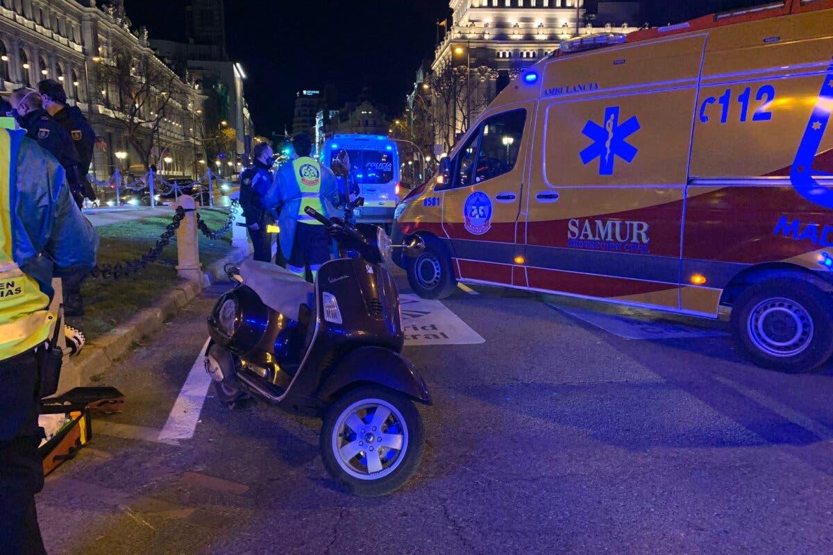 Muere un motorista tras chocar contra otra moto en Cibeles