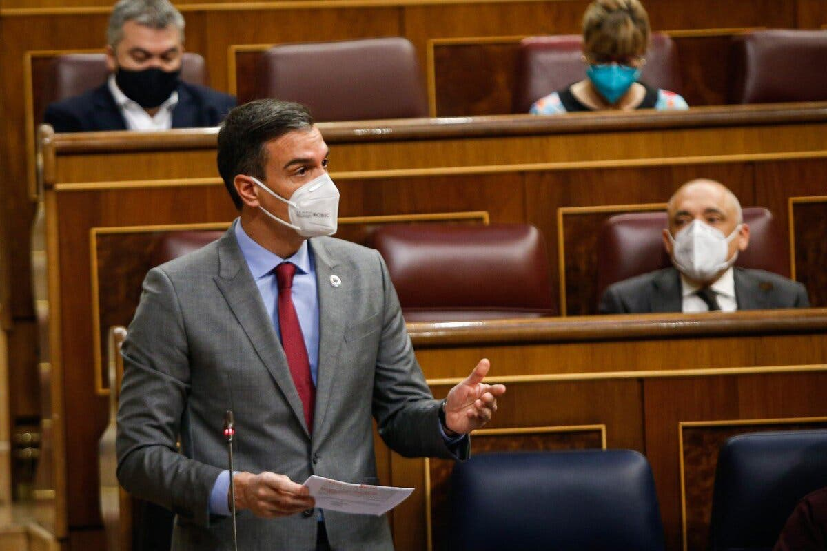 España pide a los turistas extranjeros «que no vengan» pero mantiene las fronteras abiertas