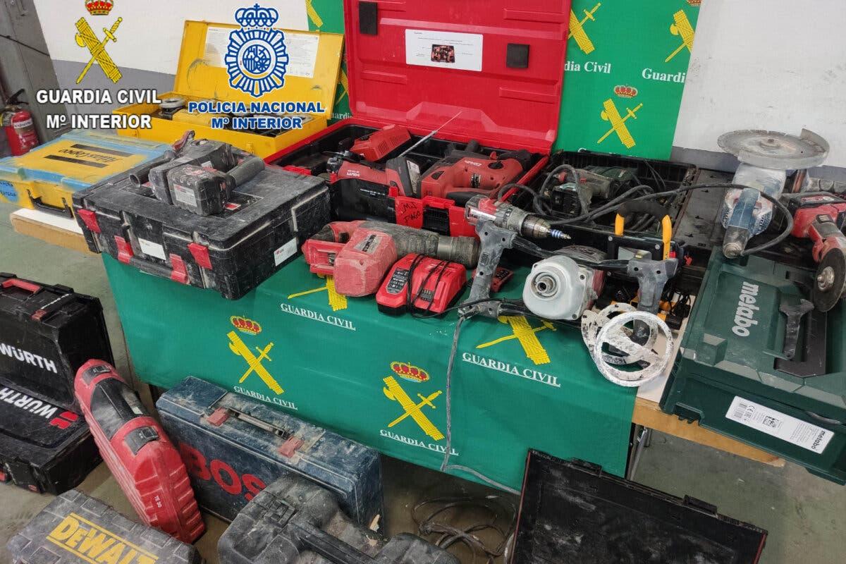 Cuatro detenidos en Guadalajara por robo en el interior de vehículos estacionados