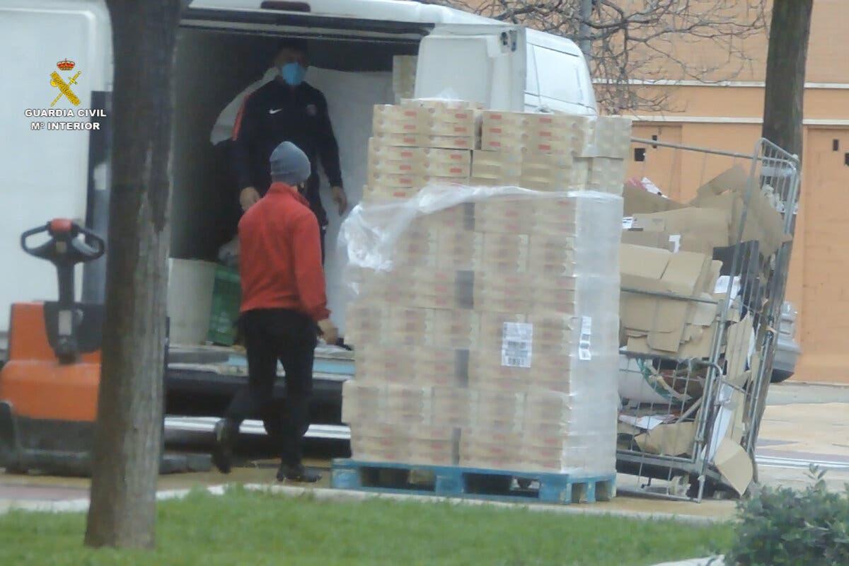 Robaban camiones en Guadalajara y otras provincias y vendían la mercancía a comercios chinos