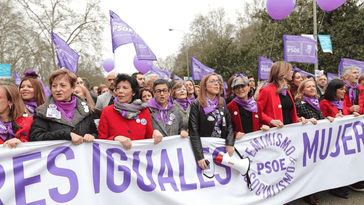 El Gobierno prohíbe finalmente todas las manifestaciones del 8M en Madrid