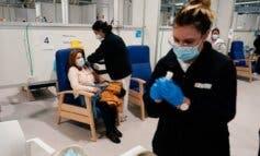 Madrid cerrará los centros de vacunación masiva si el Gobierno no envía más dosis