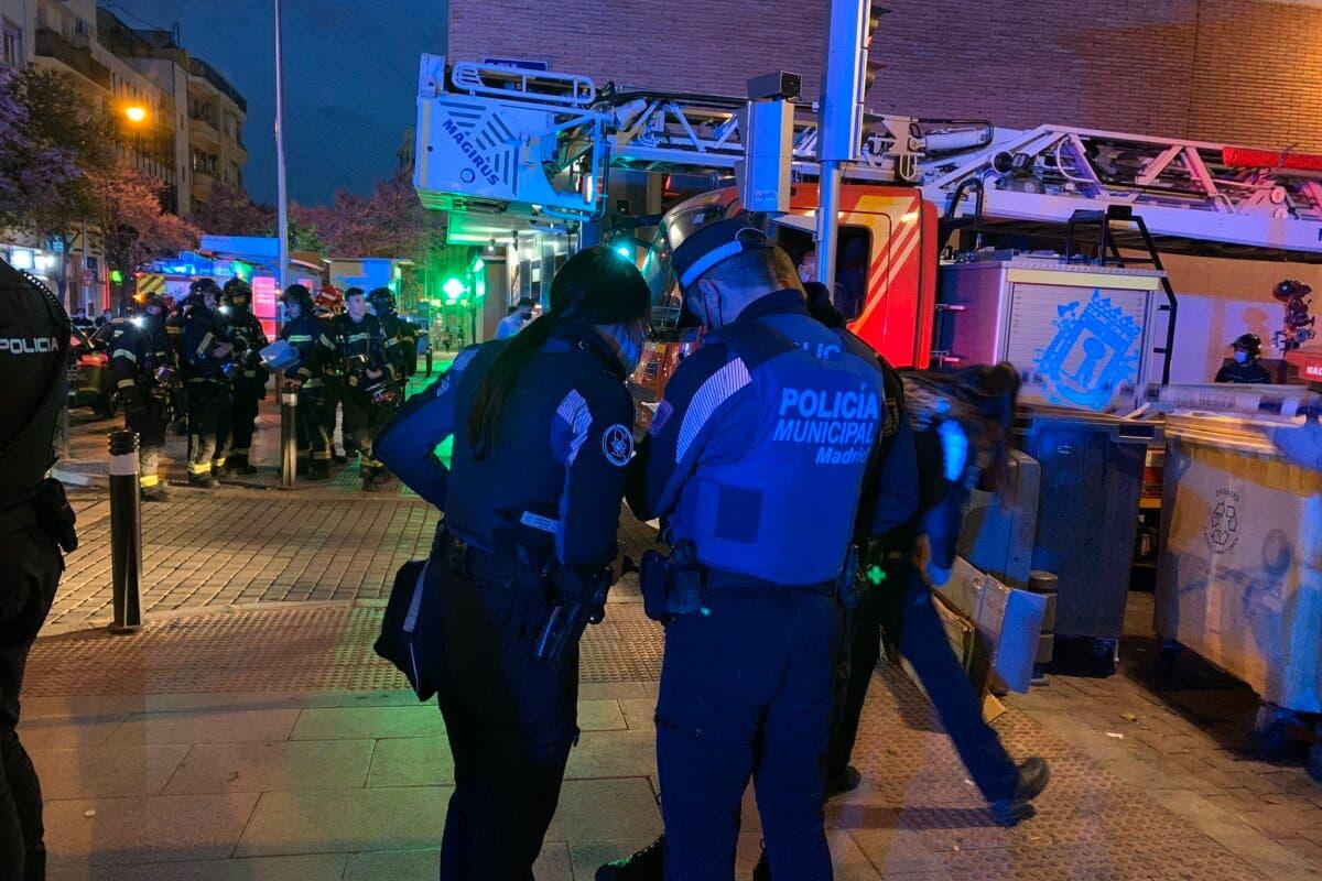 Un incendio en un edificio de Vallecasdeja 13 heridos leves y 10 familias realojadas