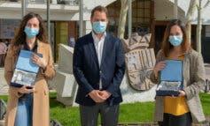 Dos enfermeras del Hospital de Torrejón, premiadas por su trabajo durante la pandemia