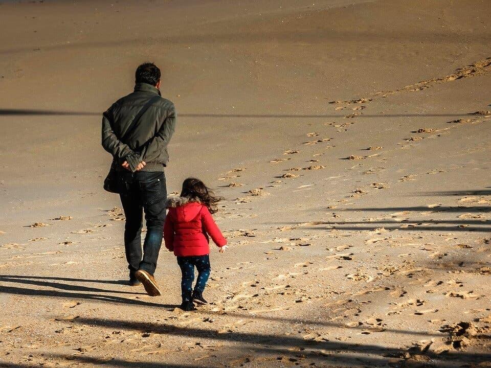 El Gobierno recula y propone ahora mascarilla en la playa solo para pasear y si no hay distancia