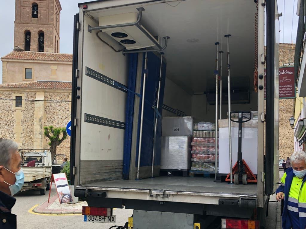 Mercadona dona seis toneladas de productos de primera necesidad en Fuente el Saz de Jarama