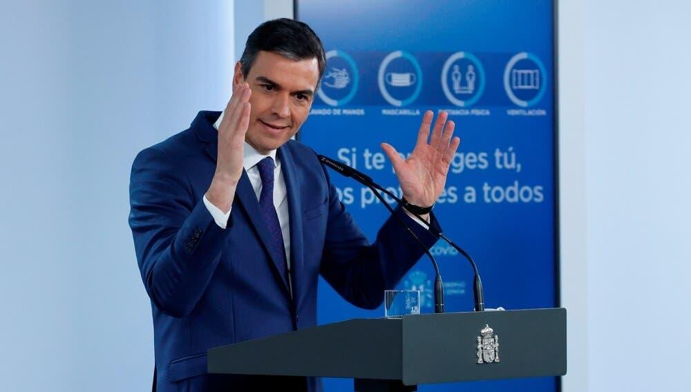 Sánchez promete 33 millones de vacunados en agosto y Ayuso lo tacha de «anuncio fantasma»
