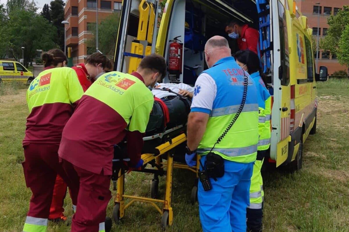 Herido grave un joven al caerse de la moto en un camino de Villanueva de la Cañada