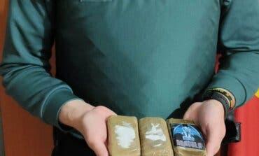 Detenidos en Guadalajara en un control anticovid contres tabletas de hachís de 300 gramos