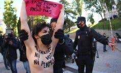 Detenidas cinco activistas de Femen en el colegio donde votaba Rocío Monasterio
