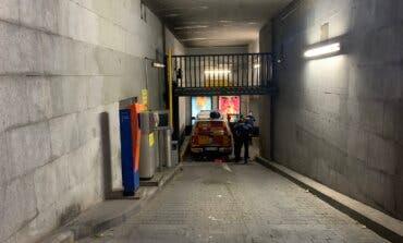 Revisan las cámaras del parking para saber cómo murió el niño aficionado del Atlético