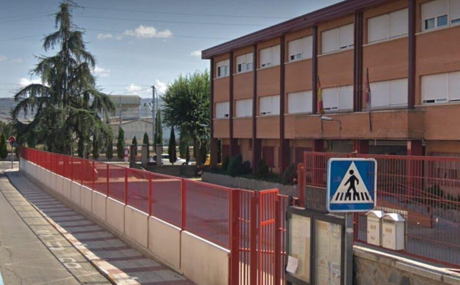 Desalojan un colegio de Azuqueca de Henares por un escape de gas