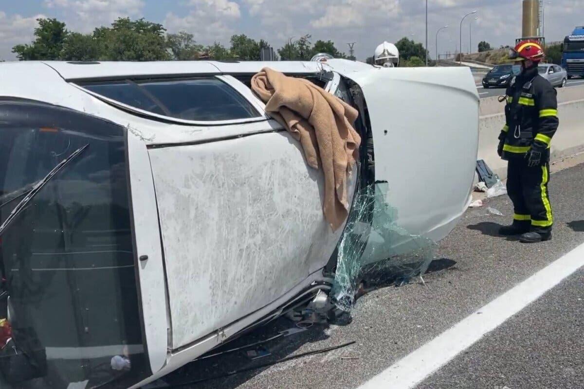 Herido un conductor en la A-2 en Torrejón tras dar varias vueltas de campana
