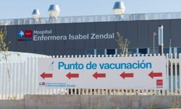 Madrid amplía la autocitación para vacunarse a 12 hospitales y a mayores de 48