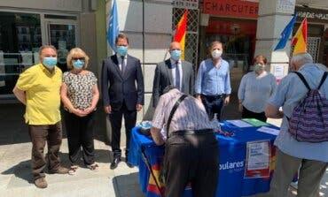 Recogida de firmas en Alcalá y Torrejón contra los indultos de Sánchez