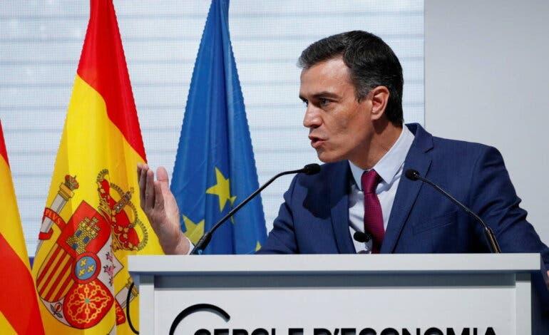 Sánchez anuncia que las mascarillas dejarán de ser obligatorias en exteriores el 26 de junio