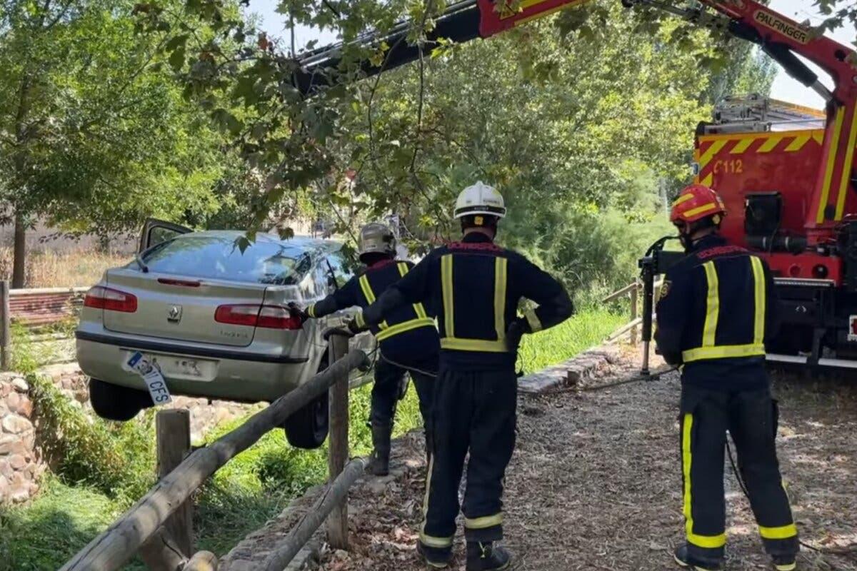 Grave un anciano de 91 años arrollado por su propio coche en Talamanca