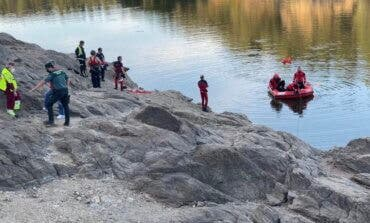 Encuentran el cuerpo de un joven que se ahogó ayer en el río Lozoya