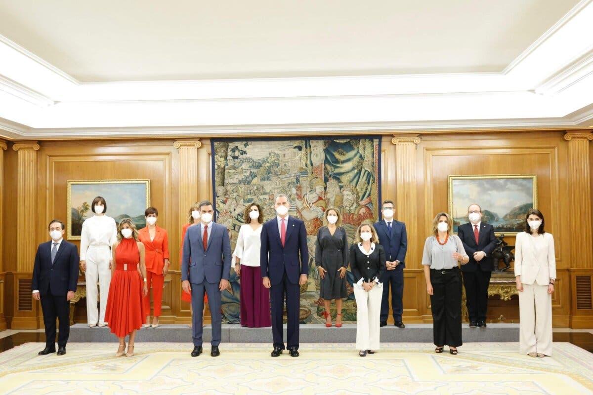 Toman posesión de sus cargos los nuevos ministros del Gobierno de Sánchez
