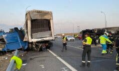 Dos heridos e importantes retenciones tras un accidente entre dos camiones en la M-50