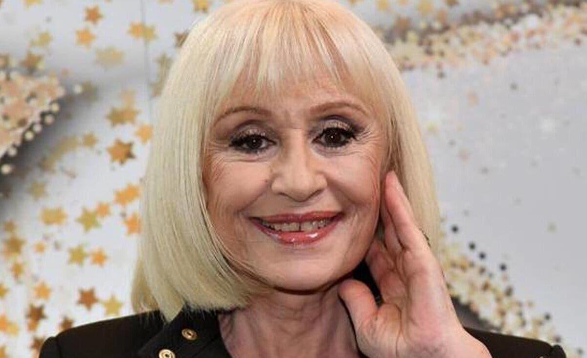 Muere la artista italiana Raffaella Carrà a los 78 añosde edad
