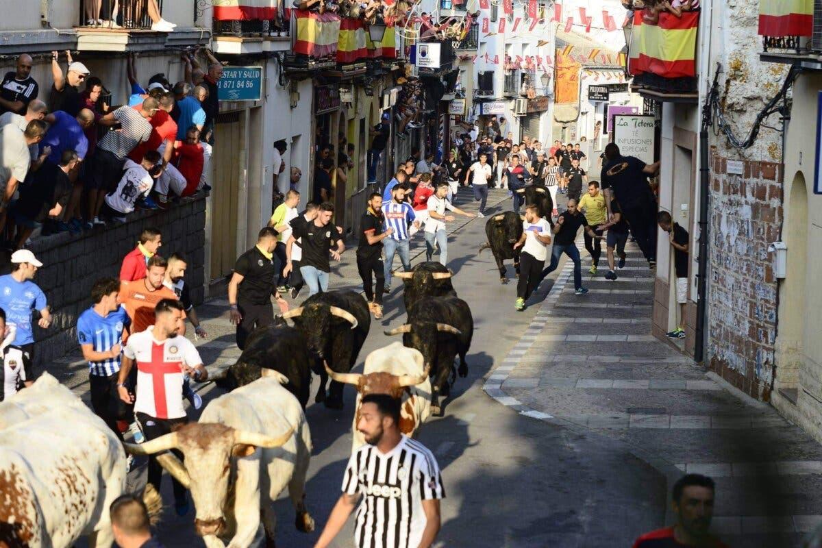 Alcalá de Henares sigue adelante con sus fiestas mientras Arganda y Velilla las suspenden