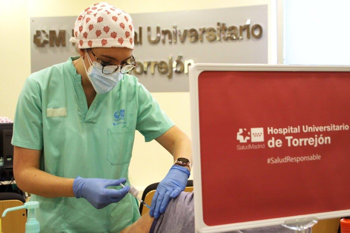 El Hospital de Torrejón ha administrado ya más de 60.000 dosis de vacuna contra el Covid-19