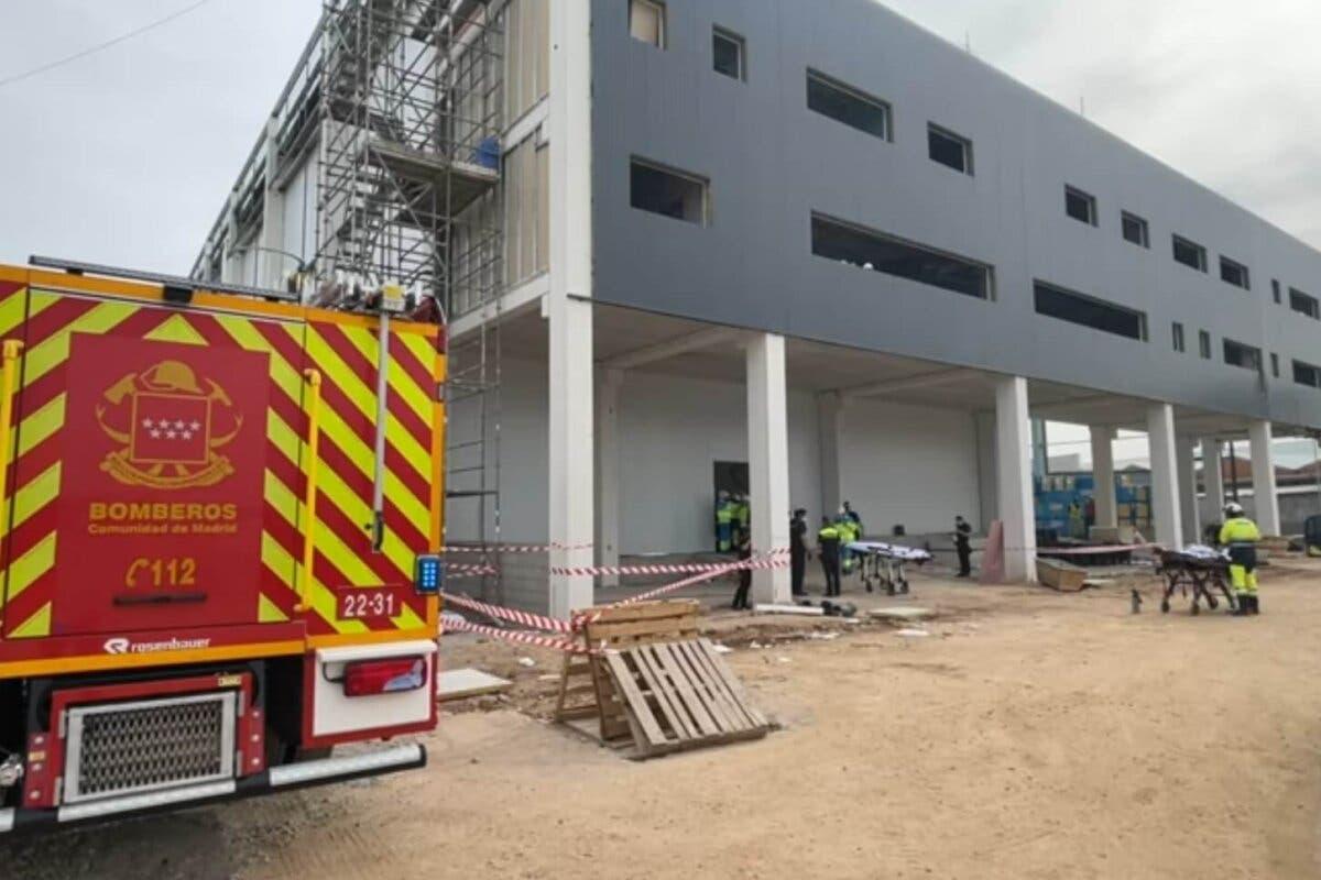 Un muerto y dos heridos graves en un accidente laboral en Alcalá de Henares