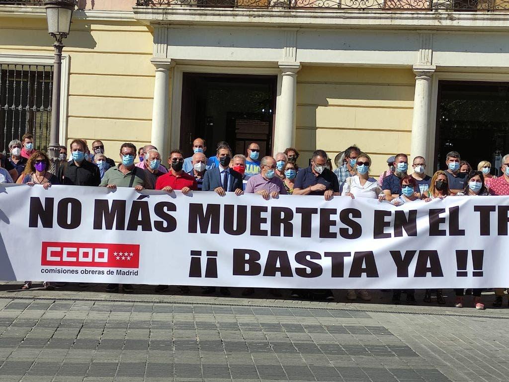 Concentración en Alcalá de Henares  por el accidente laboral que costó la vida a un trabajador