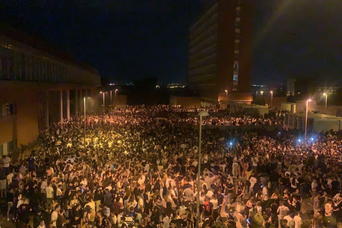 Madrid prepara un dispositivo para evitar macrobotellones en universidades