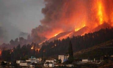 La lava del volcán arrasa un centenar de viviendas en La Palma