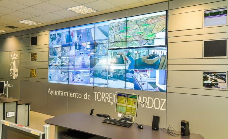 Diferentes países y ciudades se interesan por los sistemas de seguridad pioneros de Torrejón
