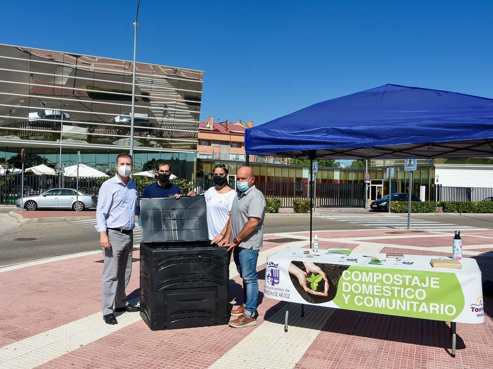 Torrejón facilitará a sus vecinos compostadores para convertir sus residuos orgánicos en abono